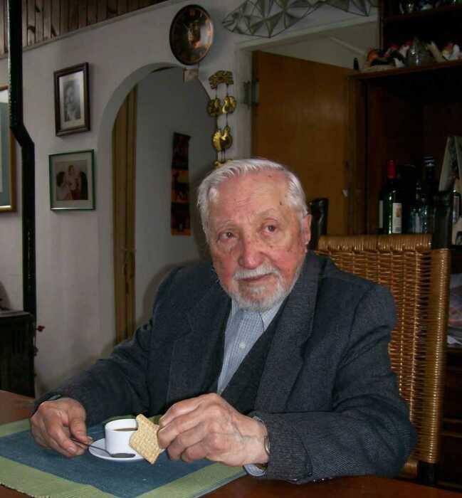 Луис Корвалан в последние годы жизни. / Фото: www.baricada.org