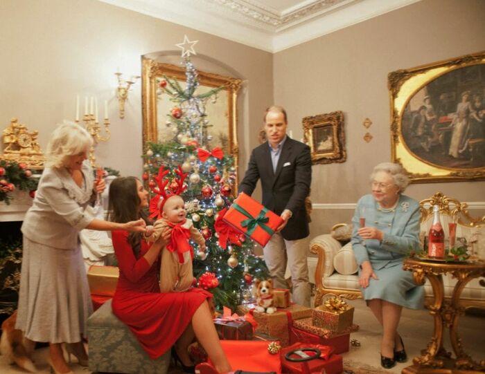 Рождество в королевской семье. / Фото: www.blogspot.com