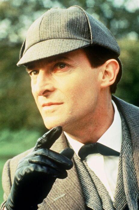 Джереми Бретт в роли Шерлока Холмса. / Фото: www.pinimg.com