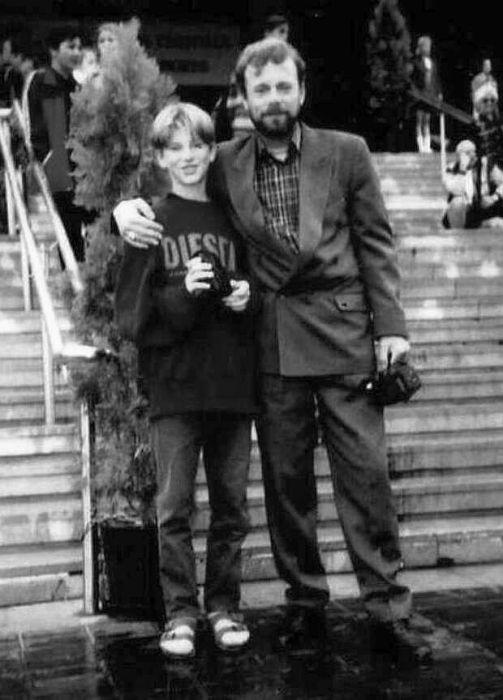 Николай Гнатюк с сыном. / Фото: www.mt.ru