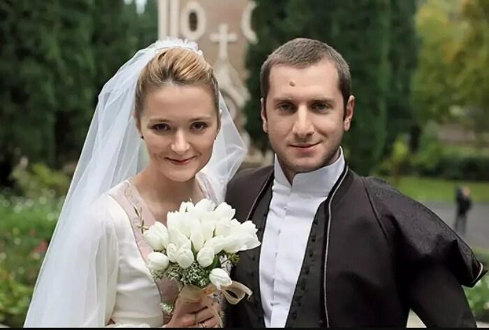 Надежда Михалкова и Резо Гигинеишвили. / Фото: www.yandex.net