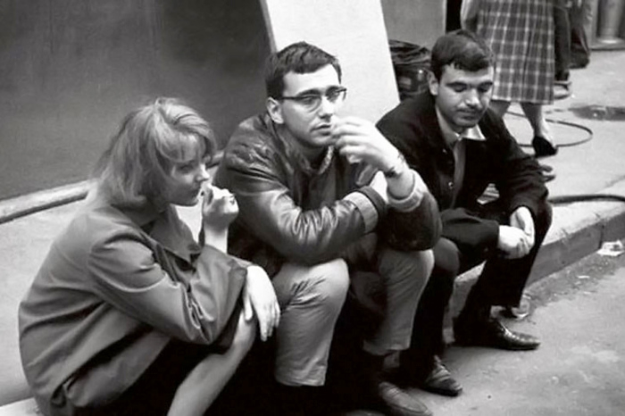 Марианна Вертинская, Андрон Кончаловский и Геннадий Шпаликов. / Фото: www.kino-teatr.ru