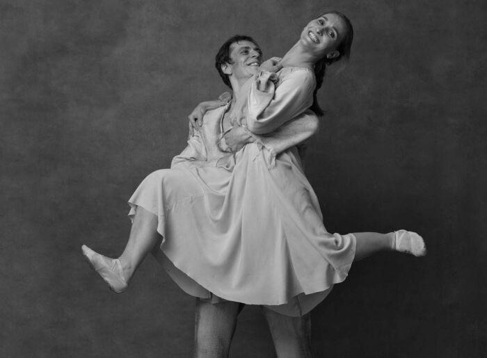 Анастасия Винокур и Денис Савин. / Фото: www.lapersonne.com