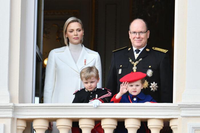 Князь Альбер II и княгиня Шарлен. / Фото: www.elle.ua