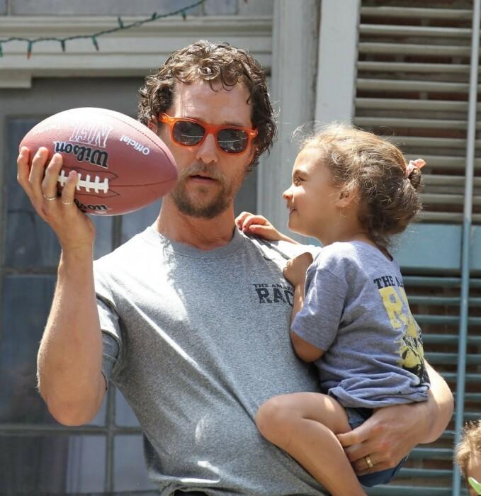 Мэттью Макконахи с дочерью. / Фото: www.yandex.net