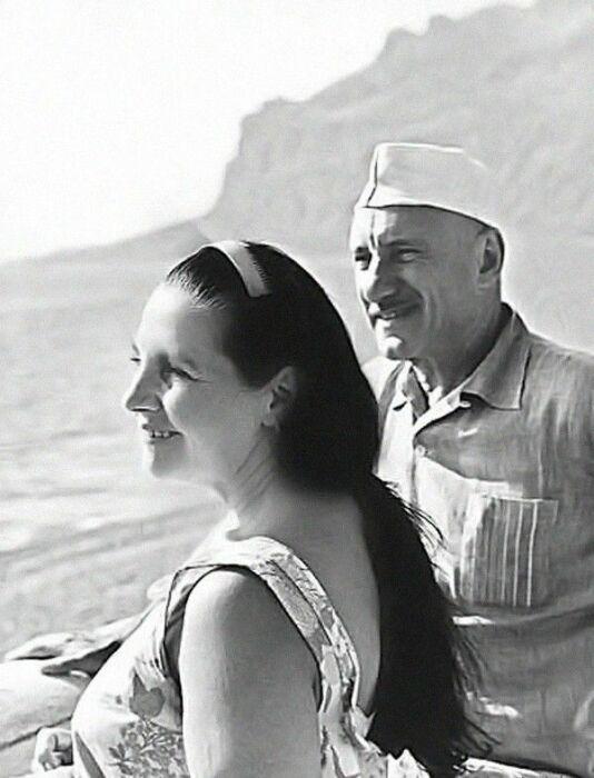 Тамара Макарова и Сергей Герасимов. / Фото: www.1001material.ru