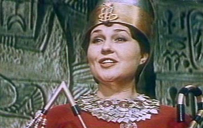 Людмила Алфимова в фильме «Прощайте, фараоны!». / Фото: www.kino-teatr.ru