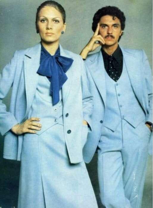 Татьяна Чапыгина демонстрирует одежду в «Журнале мод». / Фото: www.secret-guns.ru