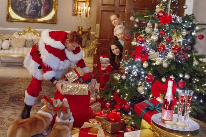 Рождество в королевской семье. / Фото: www.huffpost.com