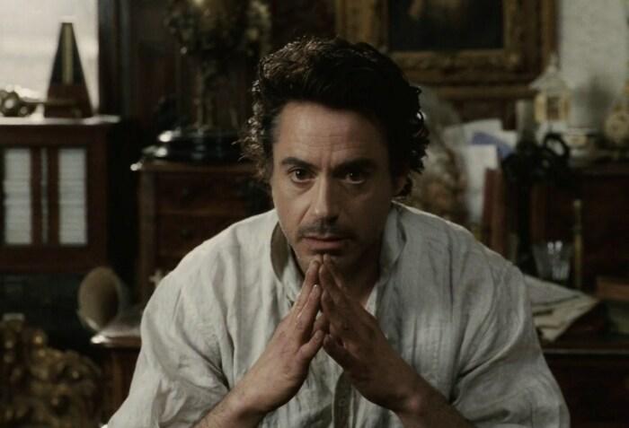 Роберт Дауни-младший в роли Шерлока Холмса. / Фото: www.twimg.com
