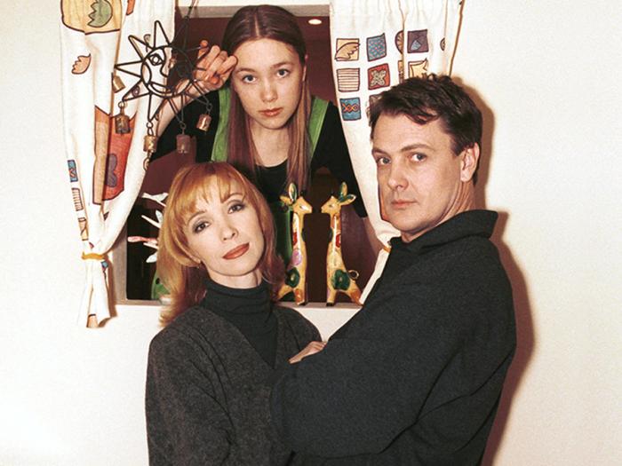 Юрий Мороз и Марина Левтова с дочерью Дарьей. / Фото: www.rustars.tv