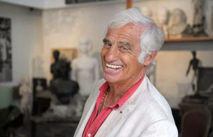 Жан-Поль Бельмондо в студии своего отца в музее Поля Бельмондо в Булонь-Бийанкур. / Фото: www.sputnik.md