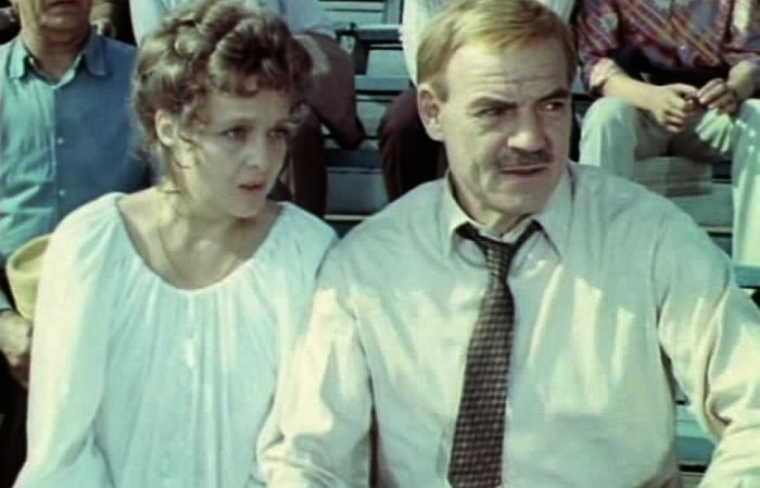 Кадр из фильма «Почти смешная история». / Фото: www.yarwiki.ru
