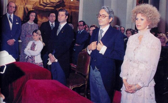 Каэтана Альба и Хесус Агирре в день бракосочетания. / Фото: www.blogspot.com