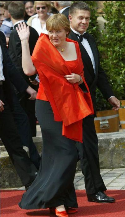 Ангела Меркель и Иоахим Зауэр на открытии фестиваля Вагнера в июле 2004 года. / Фото: www.ria.ru