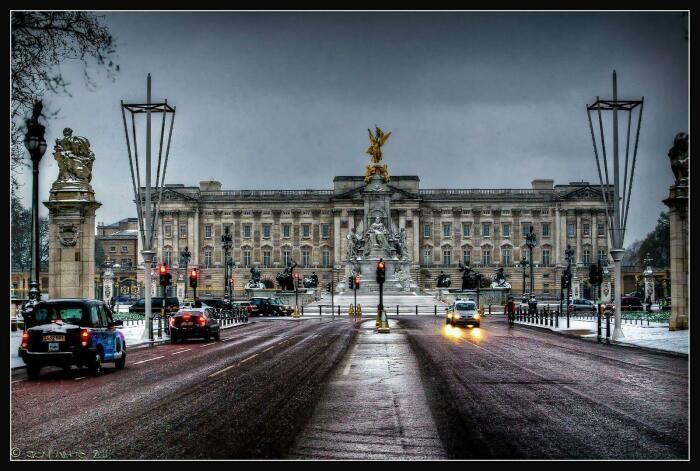 Букингемский дворец.  / Фото: www.wallpapercave.com