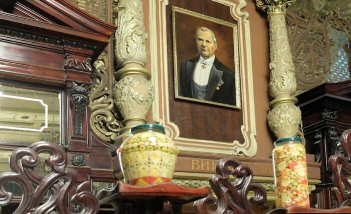«Елисеевский» на Тверской, современный вид. / Фото: www.drug-gorod.ru