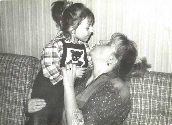 Марина Голуб с дочерью. / Фото: www.teatral-online.ru