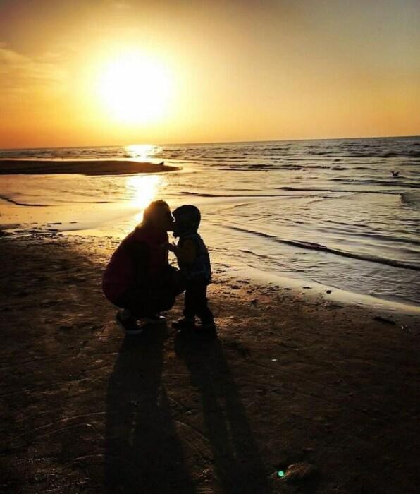 Анна Легчилова с сыном. / Фото: www.instagram.com/anna_legchilova