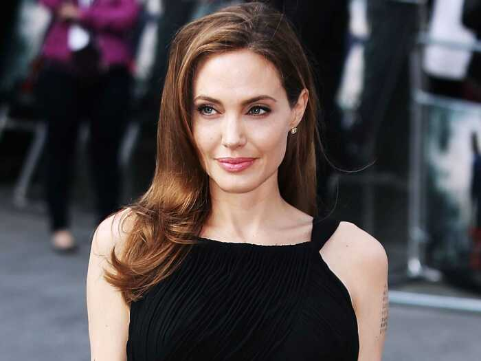 Анджелина Джоли. / Фото: www.temperaturka.com