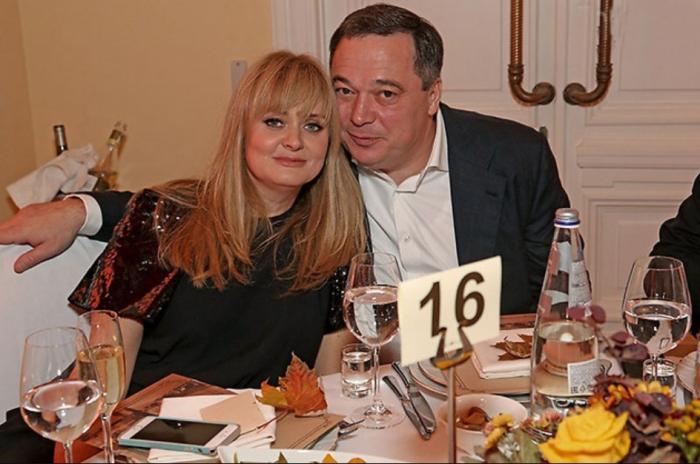 Анна Михалкова и Альберт Баков. / Фото: www.nez-ras.ru
