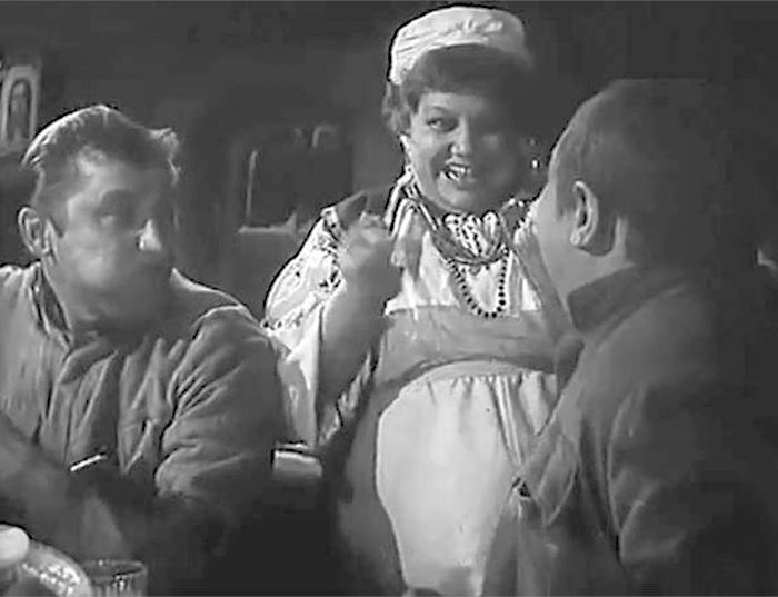 Эмилия Трейвас в фильме «Большая дорога». / Фото: www.kino-teatr.ru