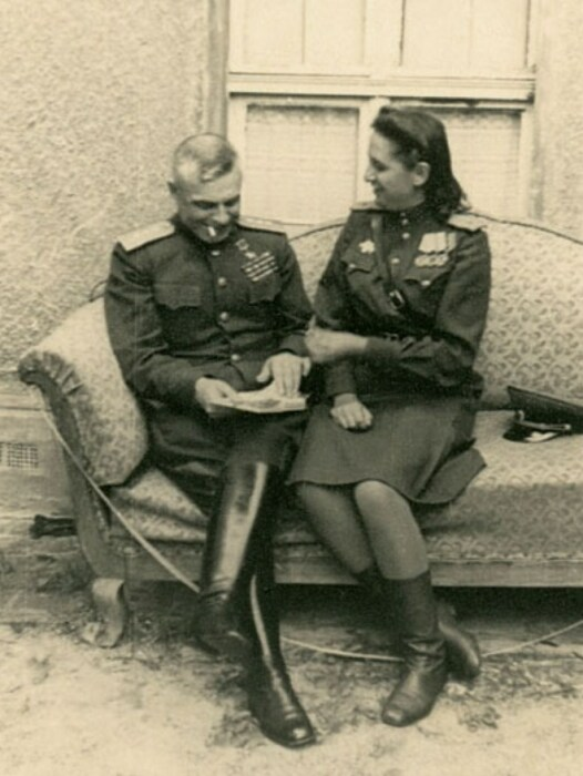 Василий Казаков со своей Светланой. / Фото: www.marshalkazakov.ru