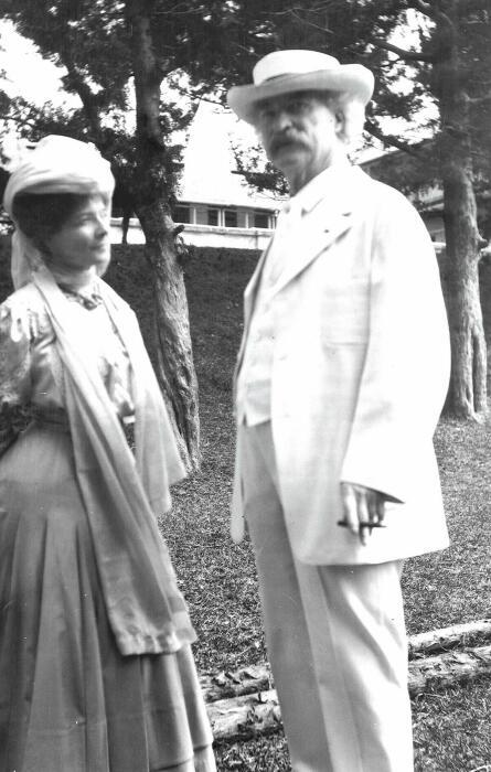 Марк Твен и Оливия Лэнгдон. / Фото: www.trbimg.com