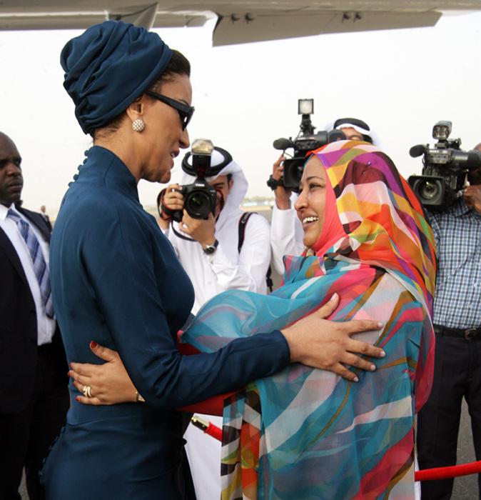 Шейха Моза в Судане. / Фото: www.liveinternet.ru