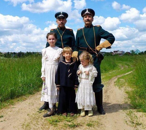 Фотография со съемочной площадки сериала «Романовы». / Фото: www.kino-teatr.ru