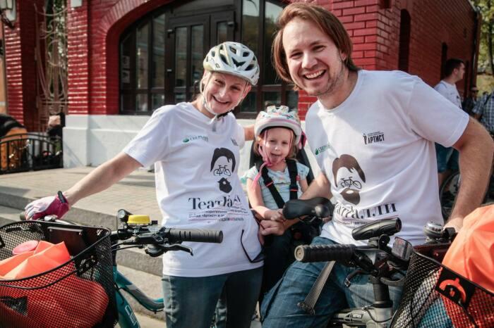 Яна Сексте и Дмитрий Марин с дочерью. / Фото: www.tele.ru