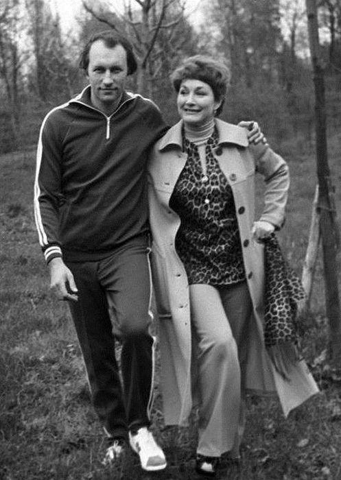 С Валерием Леонтьевым актриса была счастлива больше 20 лет. / Фото: www.filosof.pro