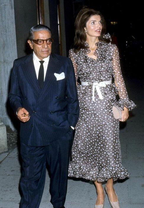 Аристотель Онассис и Жаклин Кеннеди.  / Фото: www.pinimg.com