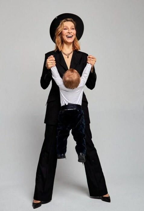 Елена Подкаминская с сыном. / Фото: www.instagram.com