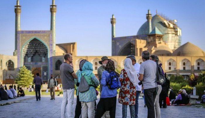 Иранцы очень гостеприимны. / Фото: www.myseldon.com