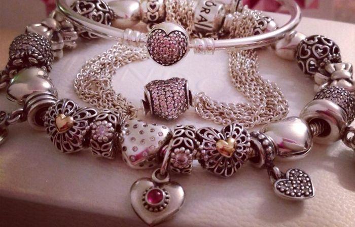 Браслет Pandora. / Фото: www.pinimg.com