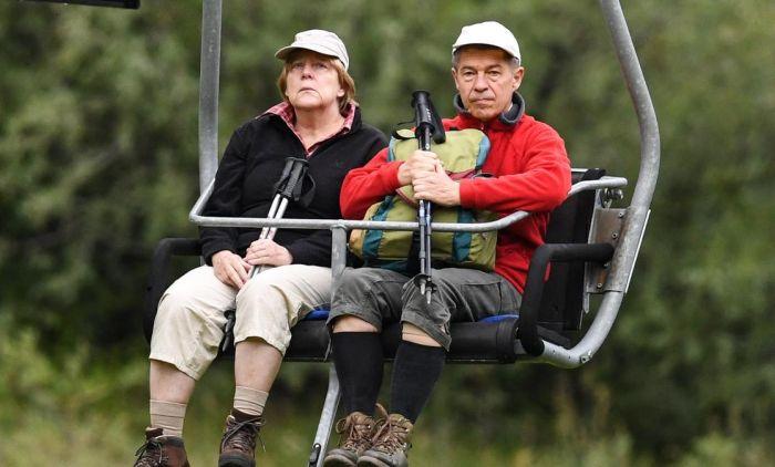 Ангела Меркель и Иоахим Зауэр. / Фото: www.blikk.hu