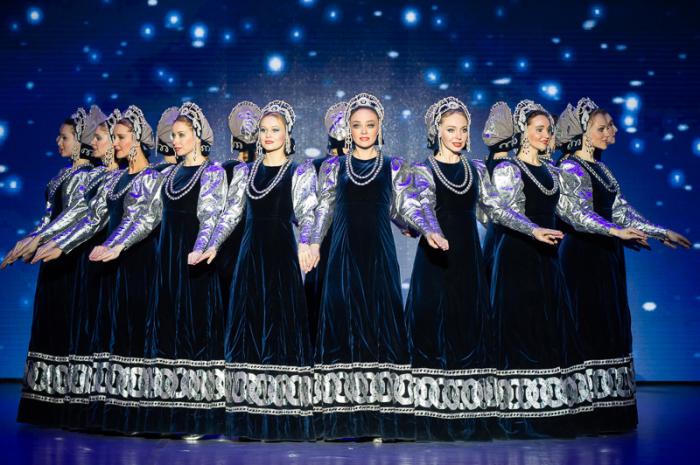 Ансамбль «Берёзка». / Фото: www.crocus-hall.ru