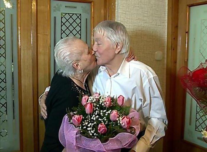Михай Волонтир с женой в день своего 80-летия  / Фото: www.monateka.com