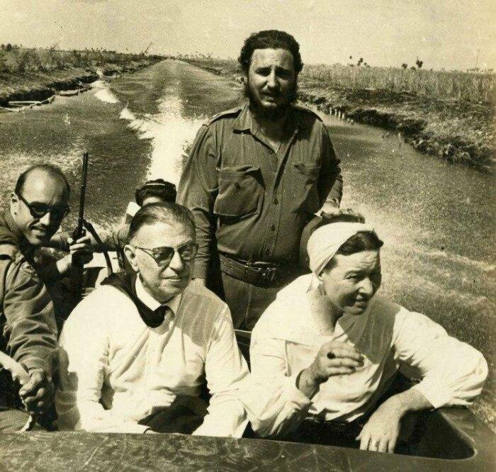 Жан-Поль Сартр и Симона де Бовуар на Кубе с Фиделем Кастро. / Фото: www.fishki.net