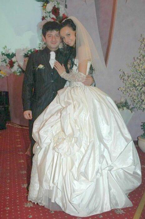 Михаил Галустян и Виктория Штефанец в день свадьбы. / Фото: www.galustyan.ru