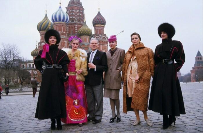 Кутюрье представляет коллекцию в Москве в апреле 1986 года. / Фото: www.lefigaro.fr