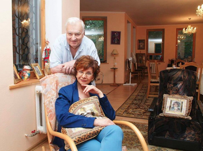 Михаил Державин с третьей женой Роксаной Бабаян. / Фото: www.cofete.ru