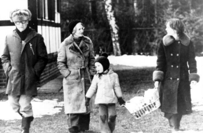 Семья Хонеккера в 1977 году. / Фото: www.aif.by