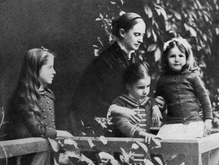 Оливия Лэнгдон с детьми. / Фото: www.smithsonianmag.com