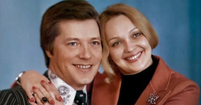 Евгений Жариков и Наталья Гвоздикова. / Фото: www.susanin.fun