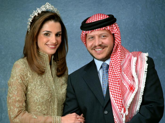 Он: Абдалла, принц Иордании Она: Рания Файсал Аль-Ясин, работник банка