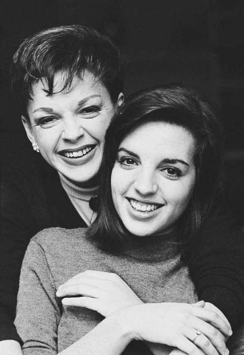 Джуди с дочкой