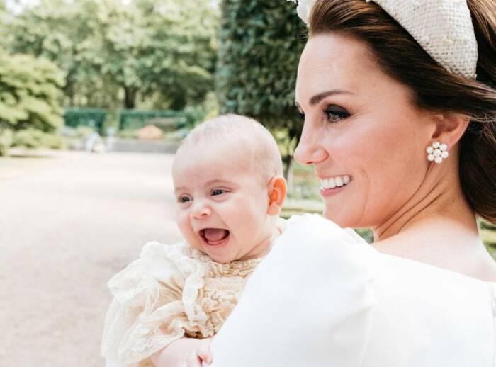 Кейт Миддлтон с ребенком./Фото источник: www.showbiz-today.com