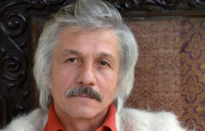 Михаил Волонтир